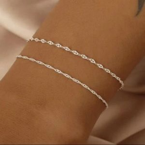 2PC GOLD OR SILVER PLATED DAINTY THIN BRACELET SET